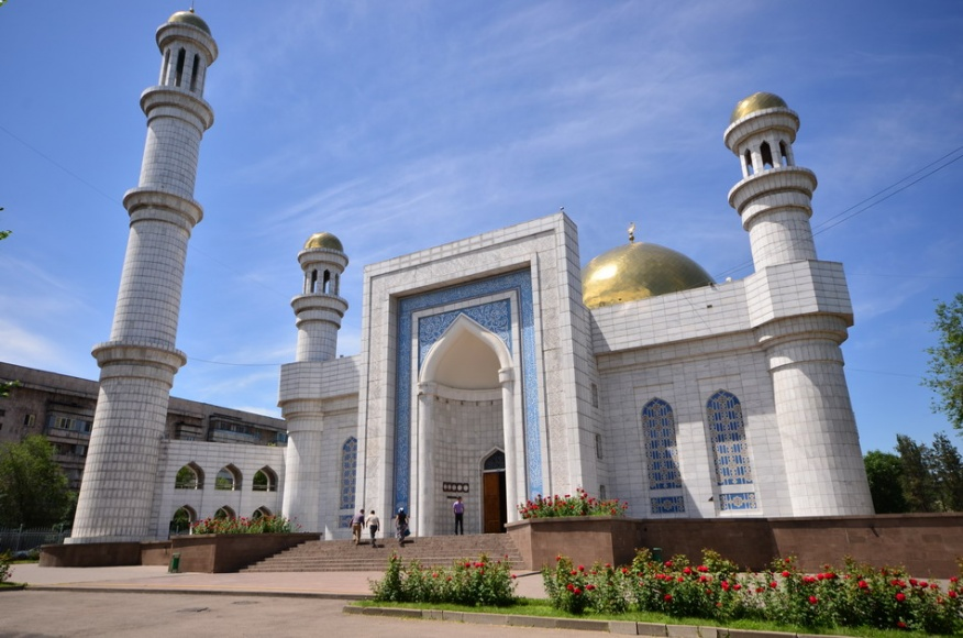 The Central mosque of Almaty - Directory «HalalGuide»