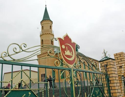 The mosque in Kunashak - Directory «HalalGuide»