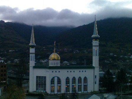 Central mosque in karachevsk - Directory «HalalGuide»