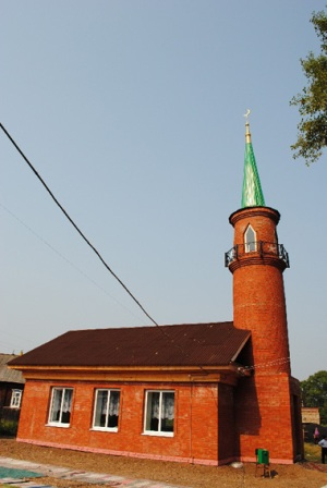 The mosque in Aklushi - Directory «HalalGuide»